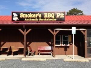 Smoker's BBQ Pit