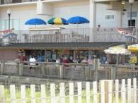 Barefoot Beach Bar & Grill