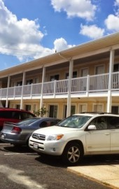 Kings Arms Motel