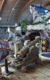 Old Pro Golf - Prehistoric Dinosaur & Indoor Undersea Adventure