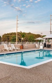 Quality Inn & Suites Oceanblock