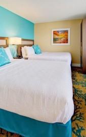 Commander Hotel & Suites