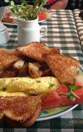 Lizzie's Cafe & Bistro 142nd St.