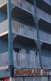 Ocean 1 Hotel & Suites