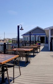 BLU Crabhouse & Raw Bar