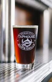 9th Street Taphouse Bar & Grille